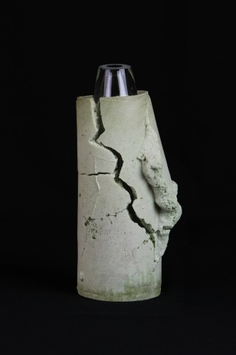 foam and glass vessel
